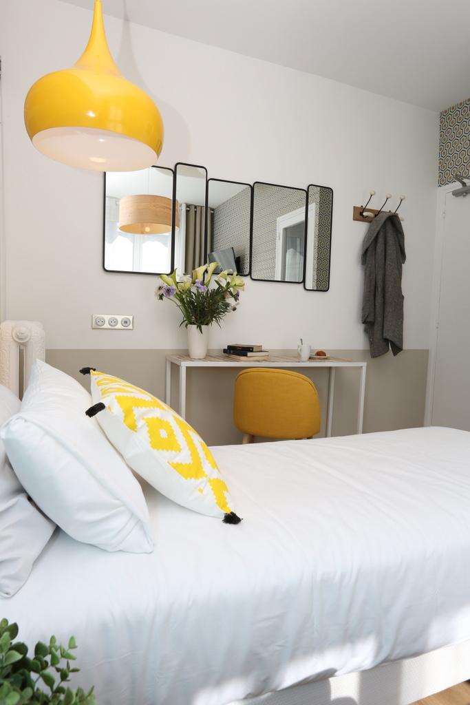 Chambre Lits Jumeaux (salle de bain privée)_28 - Avalon ...